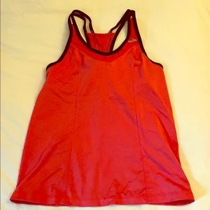 Brooks Running workout top Size Small